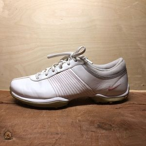 Nike Sz 7 TAC Traction at Contact Golf Shoes